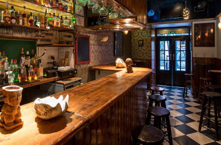 Tiki Chateau, Calle San Vicente Ferrer 32, Madrid