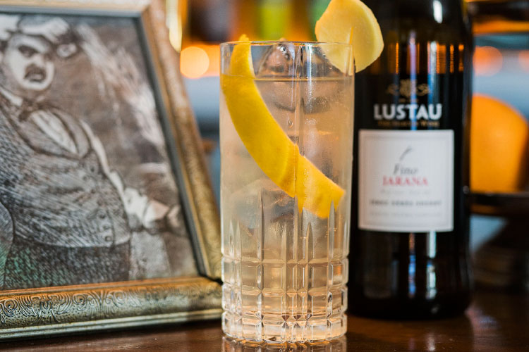sherry week 1862 dry bar lustau