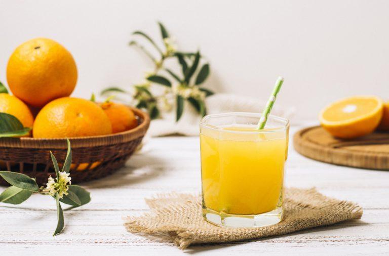 fruta exprimida zumo